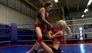 Ashley vs Alexa Wild close by a kick-ass hardcore pansy catfight