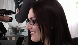 Admirable tolerant regarding glasses is tempted and fucked regarding the berth room
