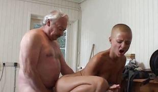 Summer labour comme +a pupil fucking grandpa employer
