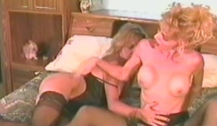Sexy cock sucking lesbian chicks wipe the floor with muff and fingering