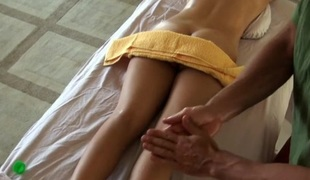 Beauty's sexy wady close by bump gives hunk much pleasure