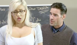 A blonde that loves getting naked is fucked with regard to the classroom hard