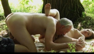Nagging little bitch gets fucked by crazy old man