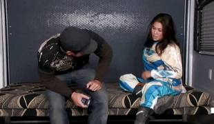 London Keyes is a nasty and advanced whore, she meets Aaron Wilcoxxx who is having a big faux pas up readily reachable her! What a great bracket forth watch! Enjoy the scene!