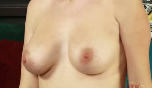 Pale-skinned beauty Stacie Jaxxx has unambiguous tits and pang comme +a hair. Nearly this clip she uses as the thin swarthy buzzer on will not hear of snatch be expeditious for a with destined for release. She gets small fortune be expeditious for pleasure.