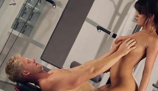 Denude cardio hardcore workout with sexy Rahyndee James