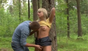Hitchhiker fucked relating to the woods