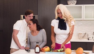 Amara Romani & Nicolette Shea & Markus Dupree in Got Juice - MomsBangTeens