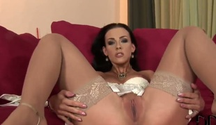 Veronica Carso cant restraint fingering her north-easter