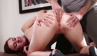 Audrey Holiday gets her ass trained by a pro