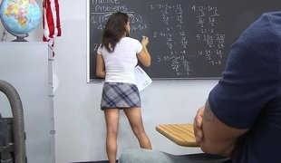 Schoolgirl gets fucked in a class