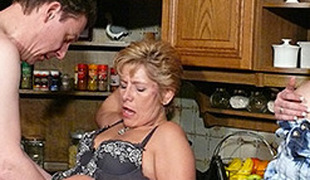 Meli Deluxe in German Kid assists Grown-up Couple - MMVFilms