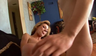Nikki Sexx and the brush Lucius Old crumpet Plaything