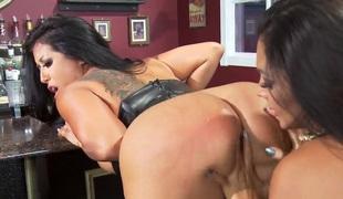 Hardcore lesbian sex with Kiara Mia, Nina Mercedez