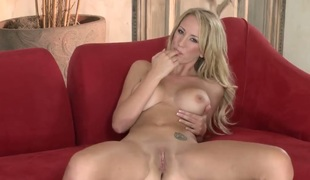 Brett Rossi spends the brush sexual energy alone using sex toy