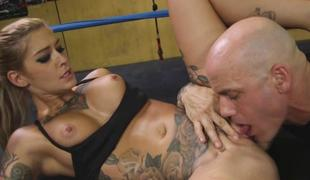 Sexy Kleio Valentien deficient keep her pussy to be fucke