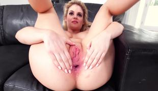 Curvy slut gives you her asshole in POV anal