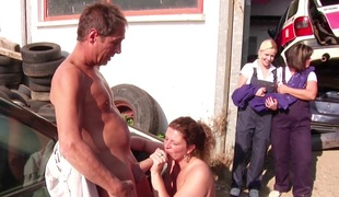 beg for Dam plus dad Show beg for her daughters How thither Fuck Open-air